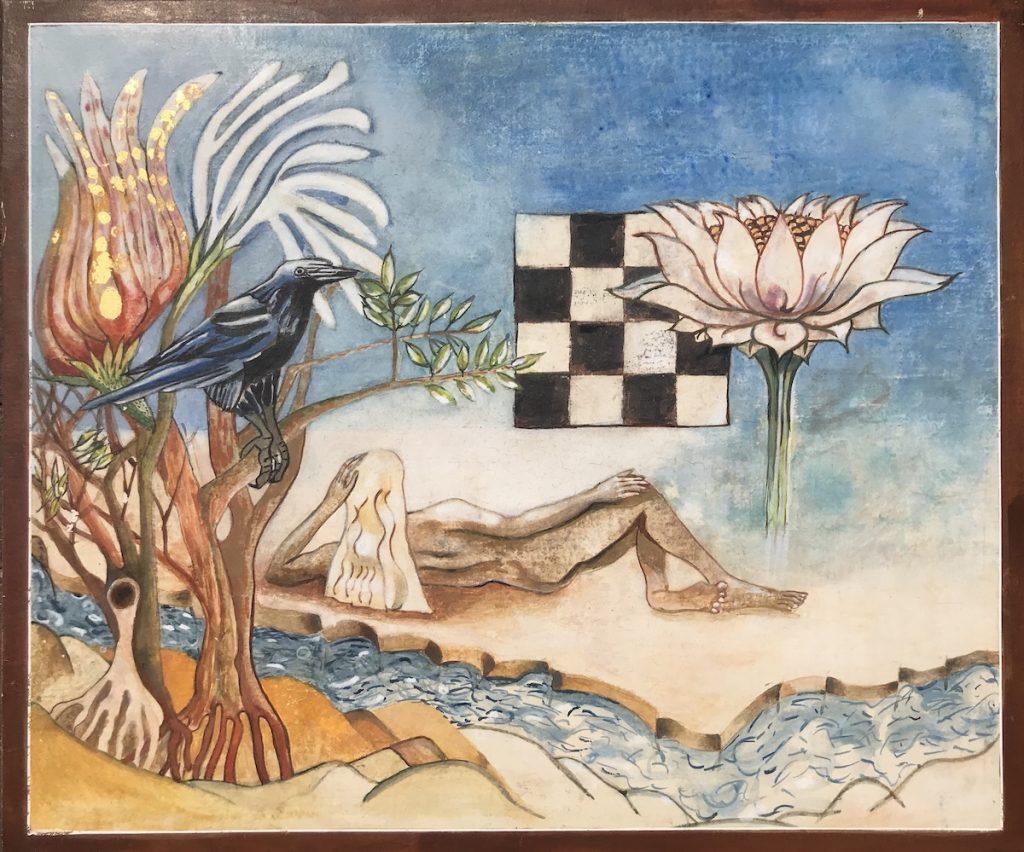 AltTekst: op Paneel geschilderd Landschap. Liggend naakt op de rug gezien. Op eiland tussen twee soorten water. Een Waterlelie uit het meer. Een boom met wonderlijke Bloem en een Kraai op de Voorgrond.